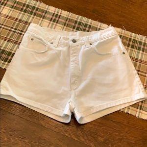 Size 11 Levi's 100% Cotton White Shorts